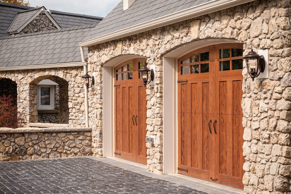 Clopay aurora overhead door for Clopay wood garage doors