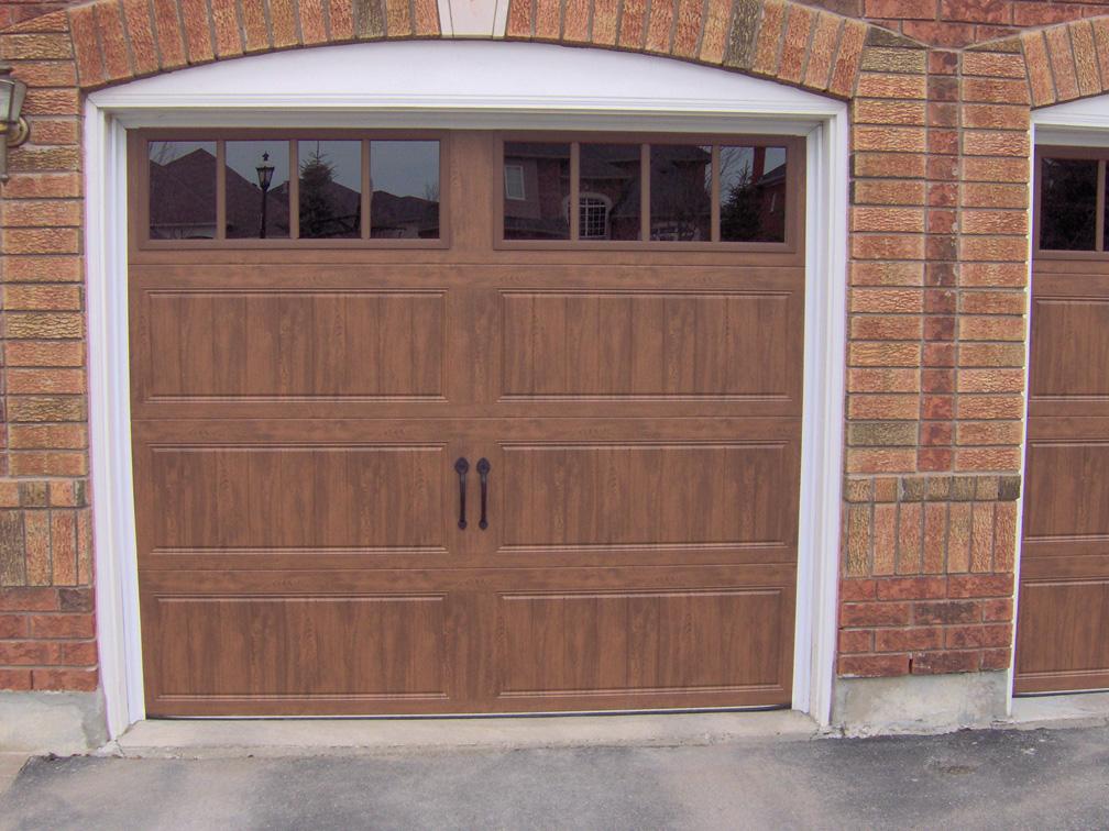 Clopaydoor Residential Garage Doors ExamplesResidential