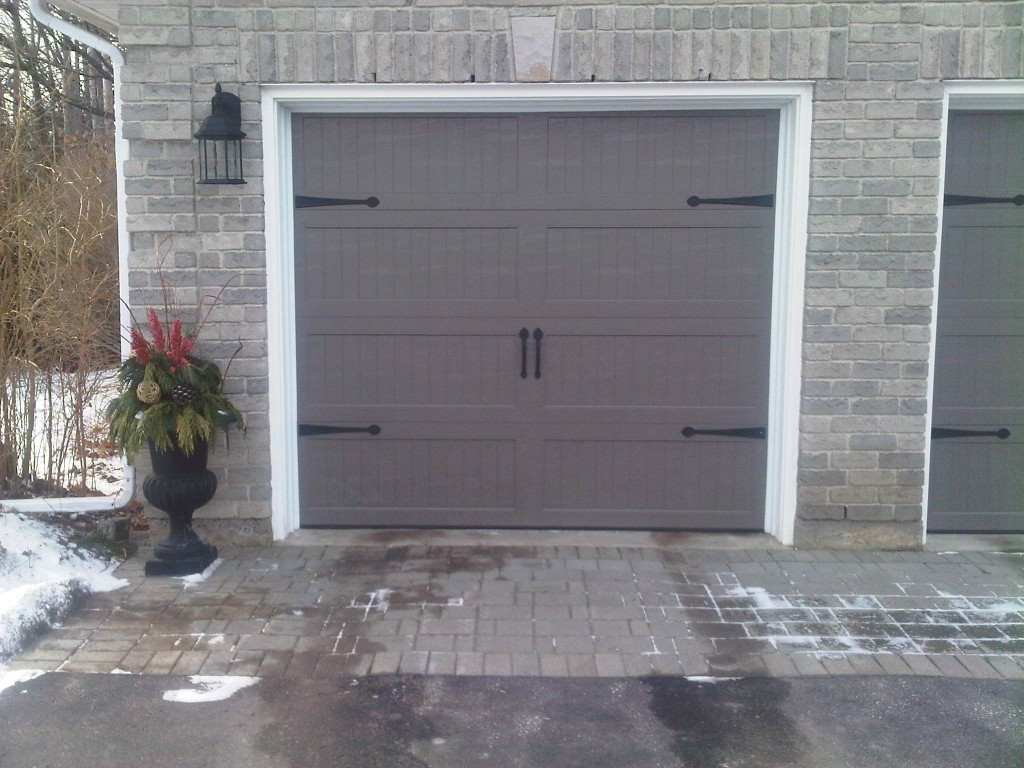 768 #634B46 Four Chi Accent Woodgrain Opens Available Chi Wrought Iron Window Chi  picture/photo Chi Residential Garage Doors 36291024
