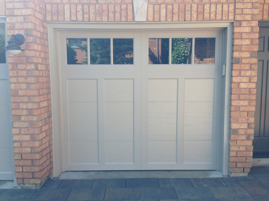 Clopay insulated garage doors clopay coachman collection for Clopay garage door colors